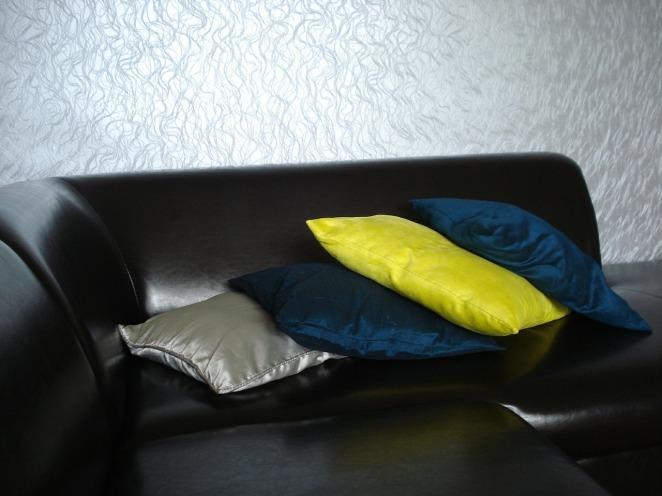 sofa-365534_1280.jpg